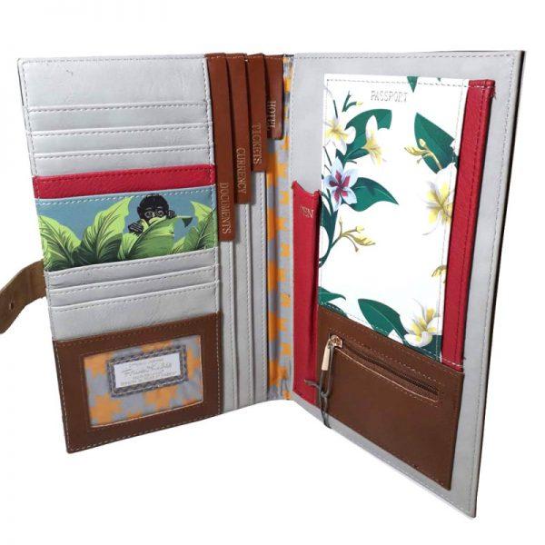 cartera para documentos y tarjetas frida dentro