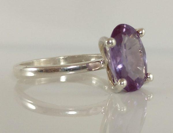 Anillo violeta 02