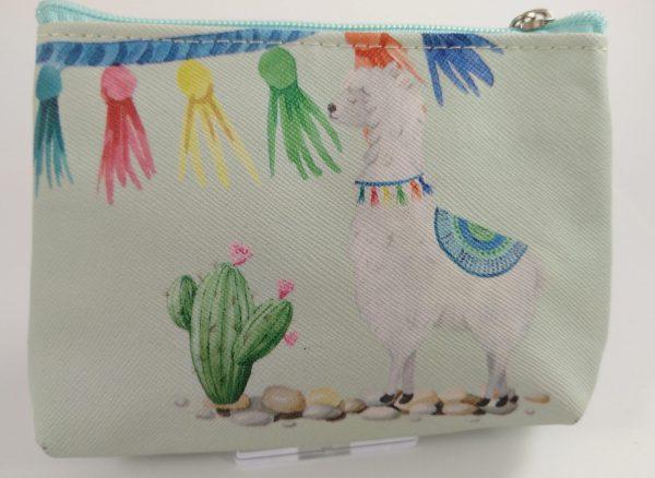Cartera Llama piñata scaled e1606131057802